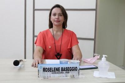 Roselene Baseggio(PSB) assume uma cadeira no Legislativo